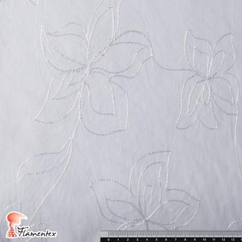 ANEC. Tejido de batista bordada con flores bordadas con hilo de algodón.