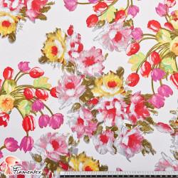 CRYSS. Tela satinada elástica para trajes de flamenca muy entallados. Estampado floral.