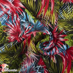 NATASHA. Tela de crespón con mucha caída, para trajes de flamenca, con estampado floral.