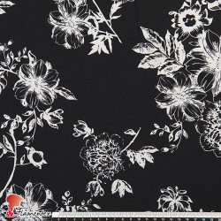 CENES. Drape fabric with floral print.